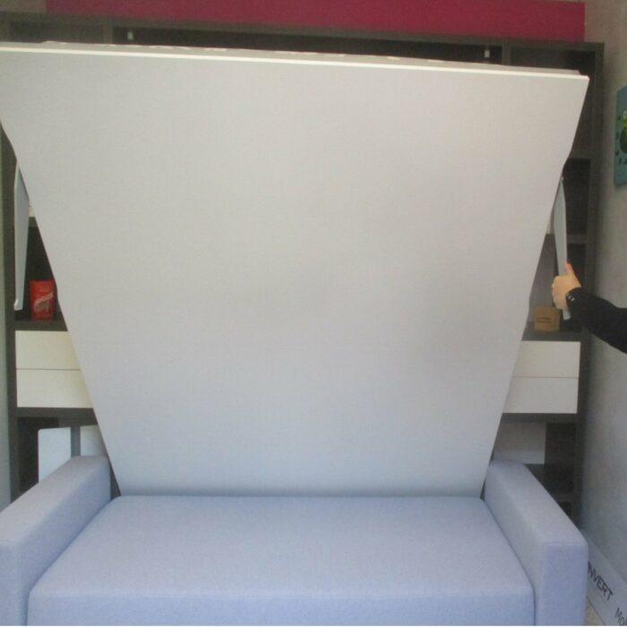 OUTLET Letto matrimoniale Molteni C05 con divano contenitore Composizione da esposizione Konvert